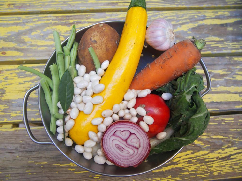 Manger des légumes bio, tout le monde s'y met même Obi-Wan Canoli : soupe au pistou végan et une petite vidéo en bonus ! (1/6)