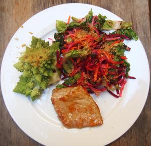 chou-salade-graine-porc-combinaison alimentaire