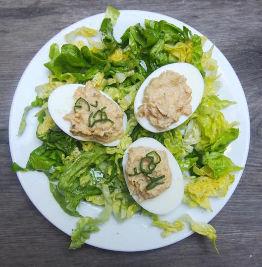 œufs farcis-émietté de sardine-la Belle Iloise-sans gluten-blog Narbonne-blogueuse Narbonne