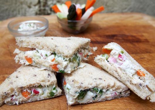 rillette de maquereau-bâtonnet de légumes-club sandwich-blog Narbonne-blogueuse Narbonne