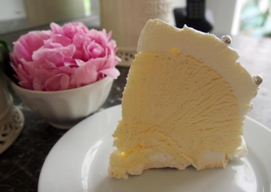 parfait-Grand Marnier-bombe glacée-vacherin-Hélène Darroze-dessert glacé-sans gluten-blog Narbonne-blogueuse-Narbonne-Carole Caillaba Suchet
