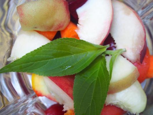 smoothie-végan-sans gluten-sauge ananas-lait d'amande-betterave-courgette-carotte-pêche-abricot-cerise-framboise-combinaisons alimentaires-blog Narbonne-blogueuse Narbonne