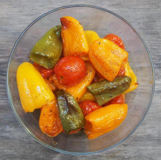mini-poivron-mini tomate-sans gluten-végan-huile d'olive-ail-blog Narbonne-Halles de Narbonne-blogueuse Narbonne-Carole Caillaba Suchet