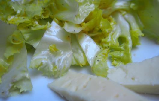 scarole-salade-vinaigrette-vinaigre de Banyuls-sans gluten-ail-blog Narbonne-blogueuse Narbonne