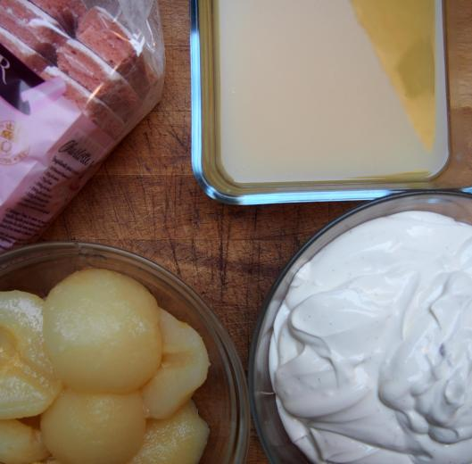 charlotte-charlotte aux poires-fromage blanc-mascarpone-poire-vanille-dessert-blog Narbonne-blogueuse Narbonne-Carole Caillaba Suchet